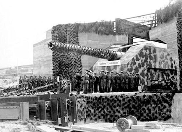 System umocnień Atlantikwall (Wał Atlantycki), miał zapobiec inwazji aliantów na Europę Zachodnią /Polska Zbrojna