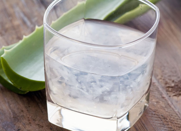 Systematyczne spożywanie soku z aloesu wspomaga odchudzanie /123RF/PICSEL
