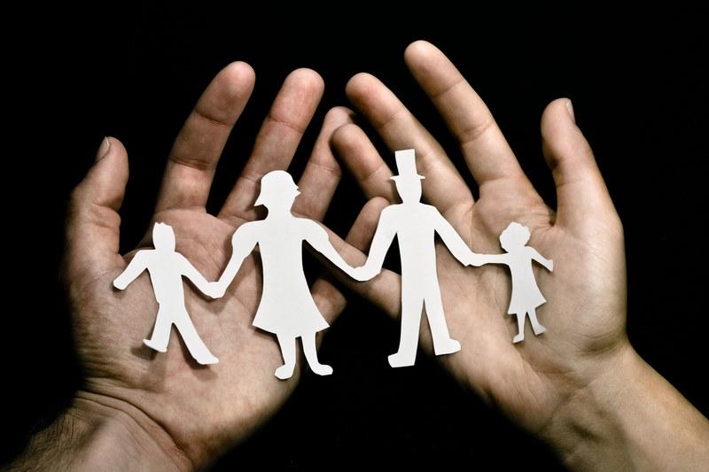 Systematycznie rośnie odsetek dzieci rodzących się w związkach pozamałżeńskich /© Panthermedia