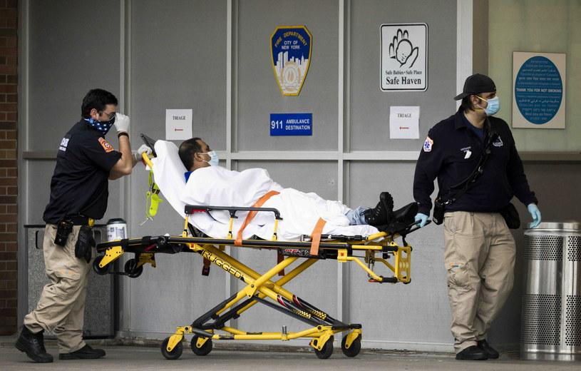 Sytuacja epidemiczna w USA pogarsza się /JUSTIN LANE /PAP/EPA