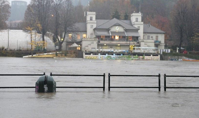 Sytuacja po ulewach jest krytyczna /PAP/EPA