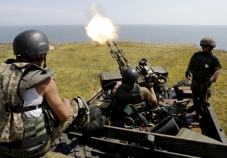 Sytuacja w Mariupolu jest napięta, na zdj. uraińscy żołnierze /ANATOLII STEPANOV / AFP /AFP