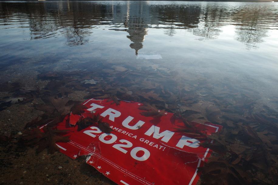 Sytuacja w USA jest coraz bardziej napięta /GAMAL DIAB /PAP/EPA
