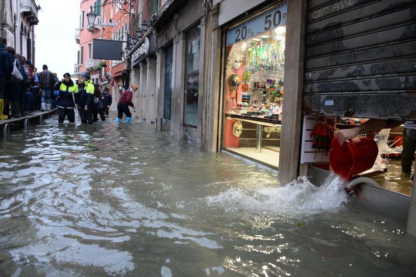 Sytuacja w Wenecji może się pogorszyć /ANDREA MEROLA /PAP