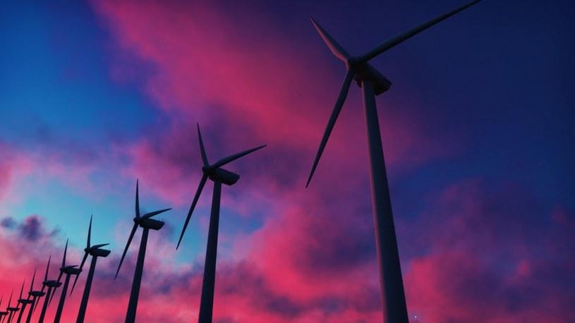 Szacunki mówią, że rozwój morskiej energetyki wiatrowej wygeneruje ponad 70 tys. nowych miejsc pracy /123RF/PICSEL