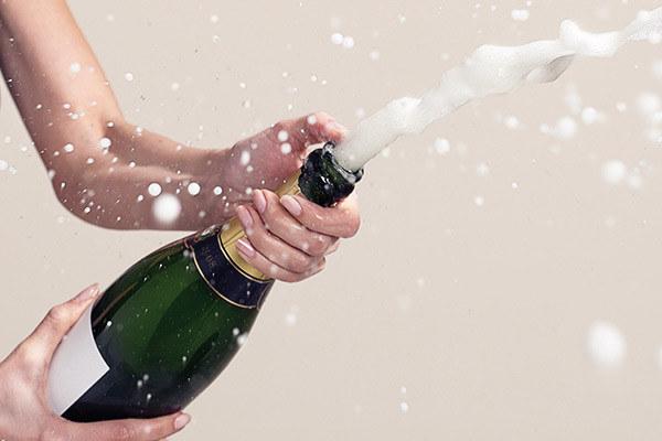 szampan warto pić /© Photogenica