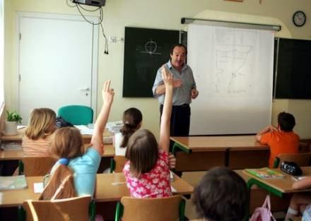 Szansa dla nauczycieli, którzy chcą rozpocząć pracę w zawodzie /fot. A. Nocon /Agencja SE/East News