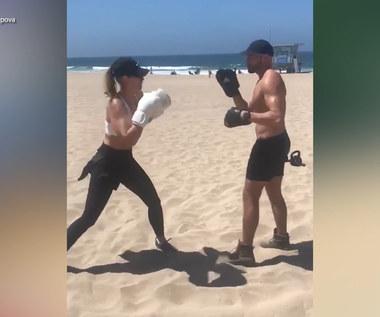 Szarapowa pokazała umiejętności bokserskie. Rosjanka tak dba o formę. Wideo