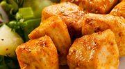 Szaszłyki mięsno-warzywne z sosem czosnkowym
