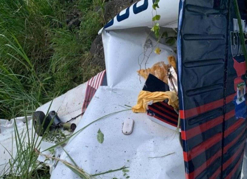 Szczątki rozbitego samolotu /@madanboukman /Twitter