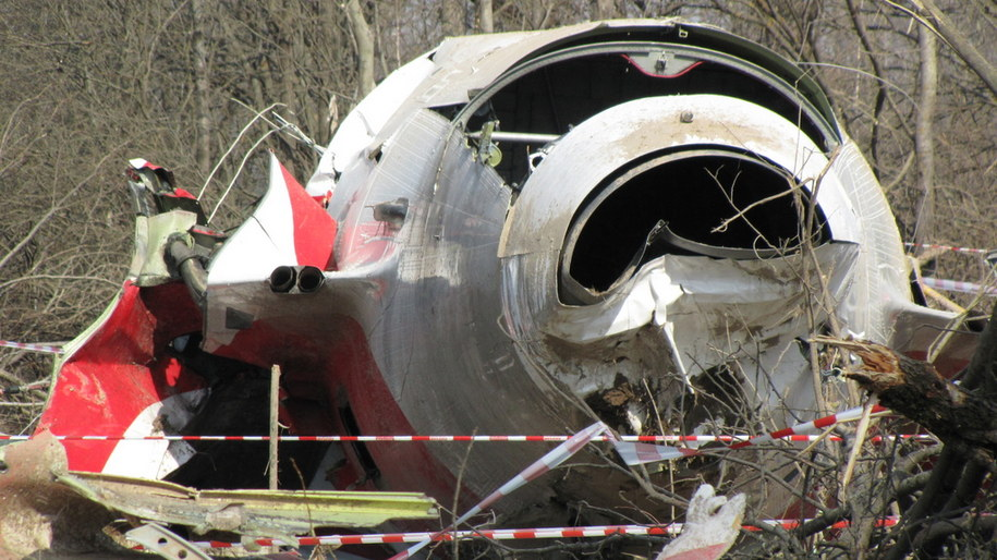Szczątki tupolewa na miejscu katastrofy w Smoleńsku (kwiecień 2010) /Michał Dukaczewski /RMF FM