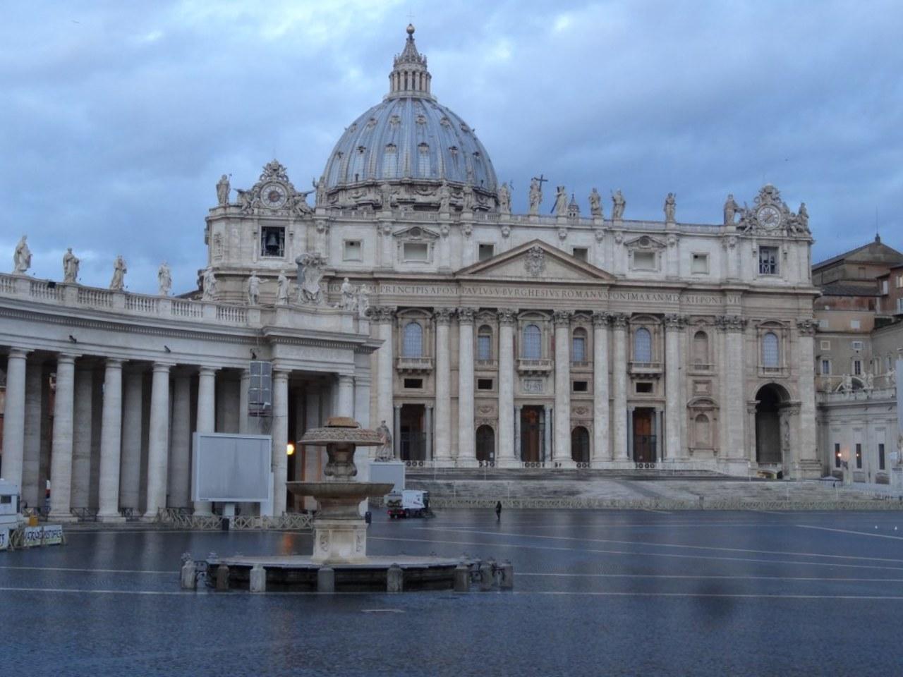Szczątki znalezione w Watykanie nie należą do zaginionych nastolatek?