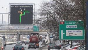 Szczecin: Tablica informująca o korkach wprowadza kierowców w błąd