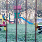 Szczecin: Wypadek na przedszkolnym placu zabaw. Trwa śledztwo
