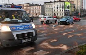 Szczecin: Zderzenie osobówki z autobusem