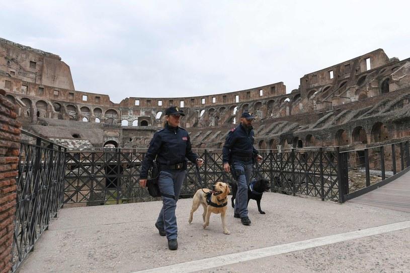 Szczególnie chronione będą zabytki i place /AFP