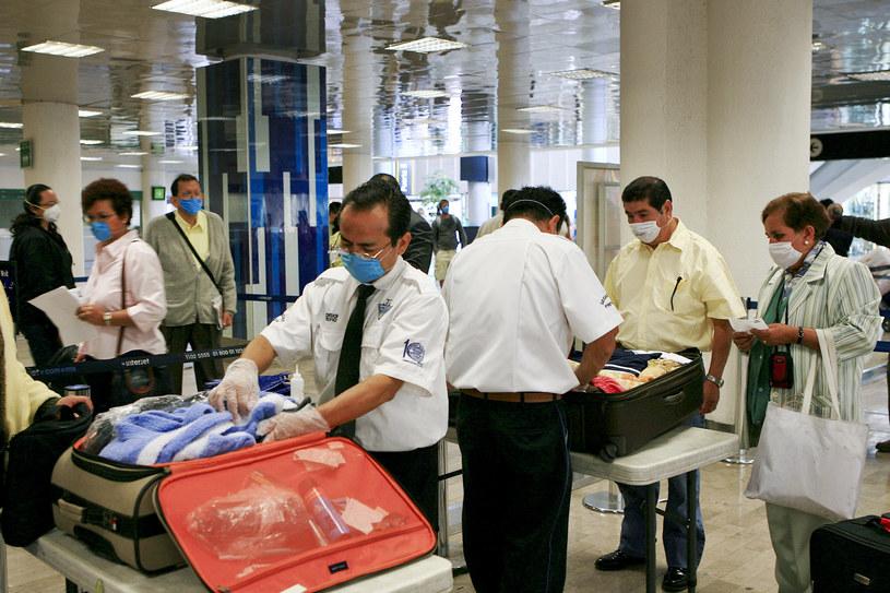 Szczegółowa kontrola bagażu to obrazek, który pojawił się dopiero po 2001 /Susana Gonzalez/Bloomberg