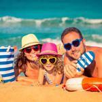 Szczepienia, dokumenty i ubezpieczenia niezbędne w podróży