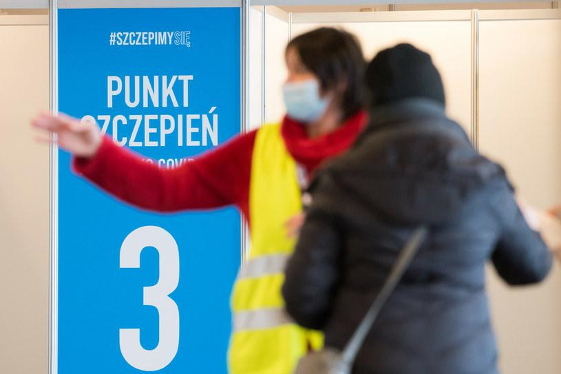 Szczepienia przeciw COVID-19 w Gdańsku /Wojciech Stróżyk /Reporter