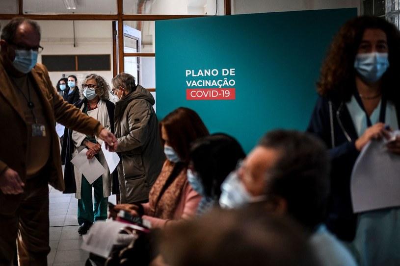 Szczepienia przeciw COVID-19 w Hiszpanii /PATRICIA DE MELO MOREIRA /AFP