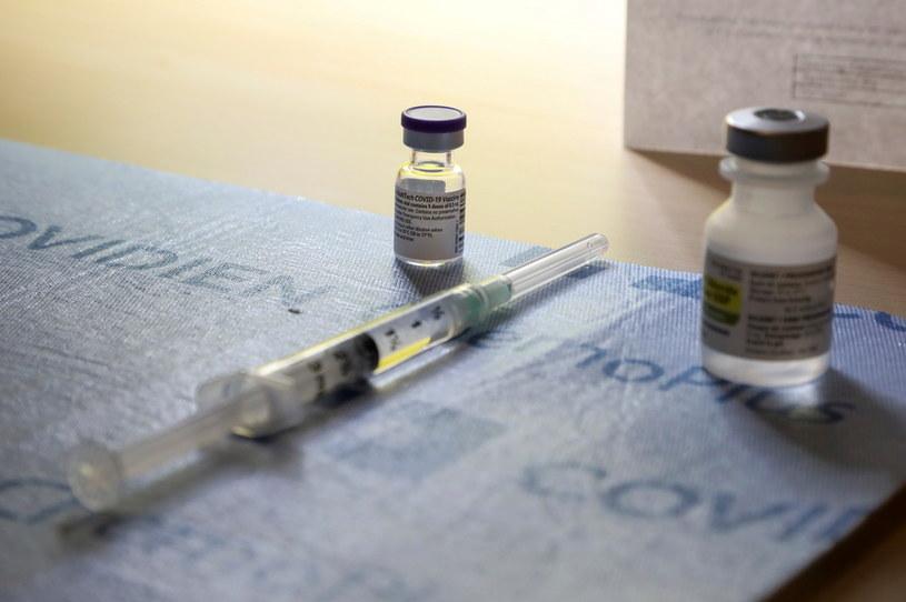 Szczepienia przeciw covid, zdjęcie ilustracyjne /CARLOS OSORIO / POOL / AFP /AFP