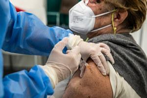 Szczepienia przeciwko COVID-19. Rumuni sprzedali 1,1 mln dawek preparatu Pfizera