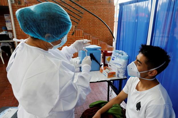Szczepienie w Bogocie /CARLOS ORTEGA   /PAP/EPA