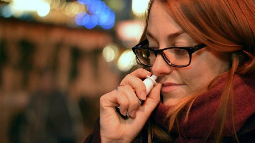 Szczepionka na COVID-19 w sprayu? Australijczycy już prowadzą testy kliniczne /Geekweek