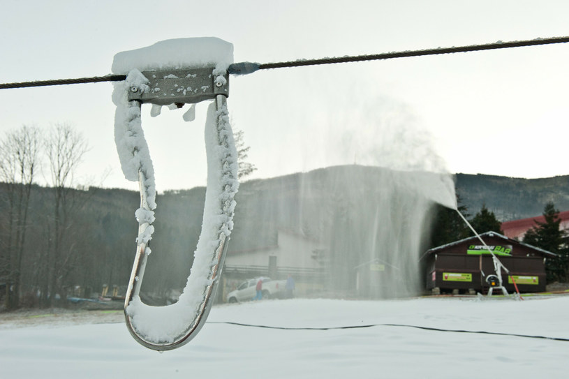 Szczyrk, wyciąg narciarski /Marta Darowska /Reporter