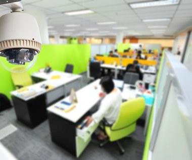 Szef będzie mógł zajrzeć do twoich e-maili, komunikatora i komórki
