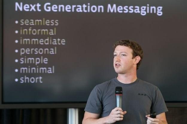 Szef Facebooka podczas prezentacji komunikacyjnych planów Facebooka /AFP
