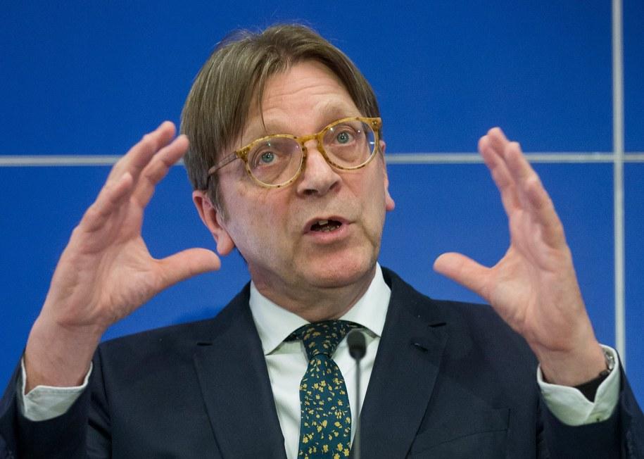 Szef frakcji liberalnej w Parlamencie Europejskim Guy Verhofstadt. /PAP/EPA