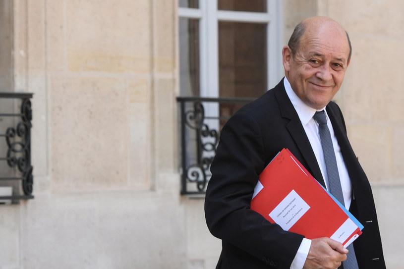 Szef francuskiej dyplomacji Jean-Yves Le Drian /Christophe ARCHAMBAULT  /AFP