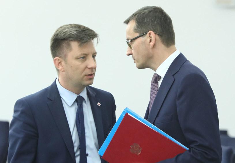 Szef kancelarii premiera Michał Dworczyk i premier Mateusz Morawiecki /Stanisław Kowalczuk /East News