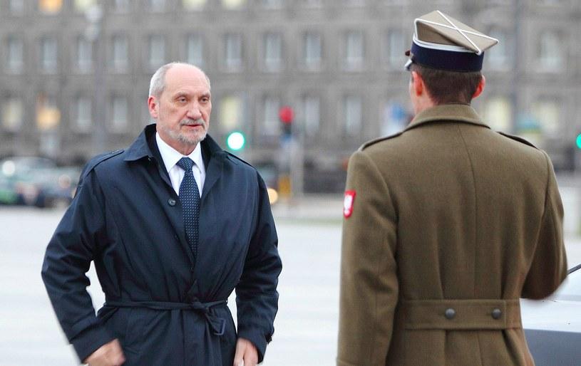 Szef MON Antoni Macierewicz /Stanisław Kowalczuk /East News