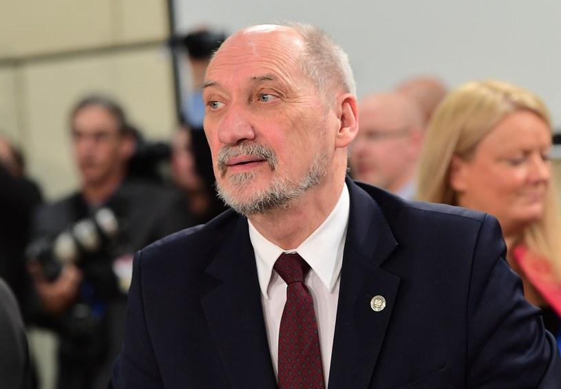 Szef MON Antoni Macierewicz /PAP