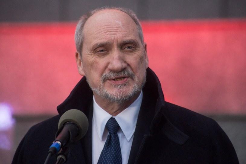 Szef MON Antoni Macierewicz /Maciej Łuczniewski /Reporter