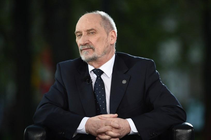 Szef MON Antoni Macierewicz /Zbyszek Kaczmarek /Reporter