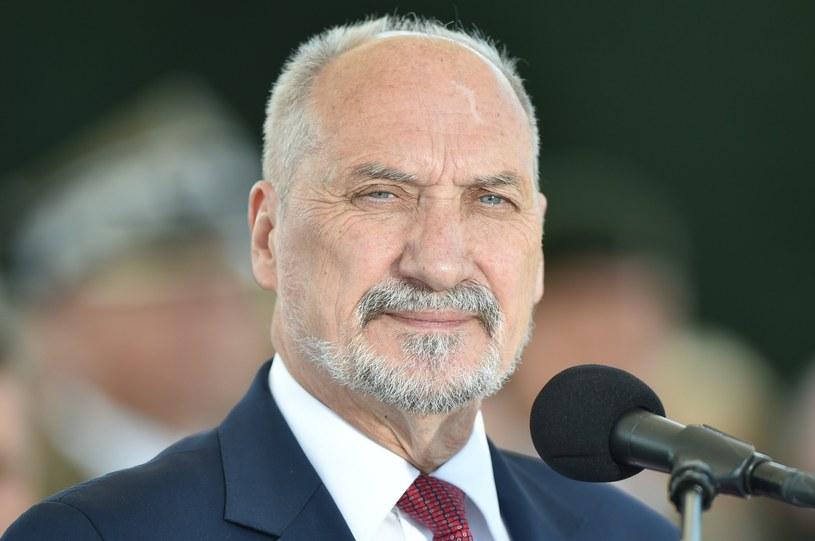 Szef MON Antoni Macierewicz /Rafal Oleksiewicz /East News