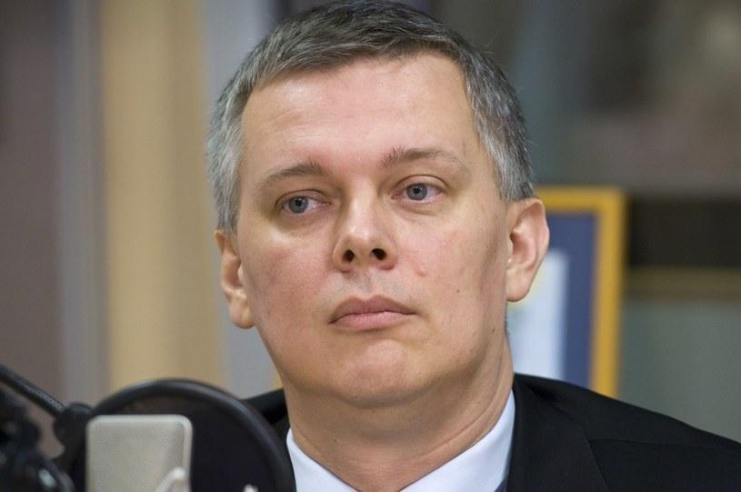 Szef MON Tomasz Siemoniak udał się z wizytą do Francji /Krzysztof Jastrzębski /East News