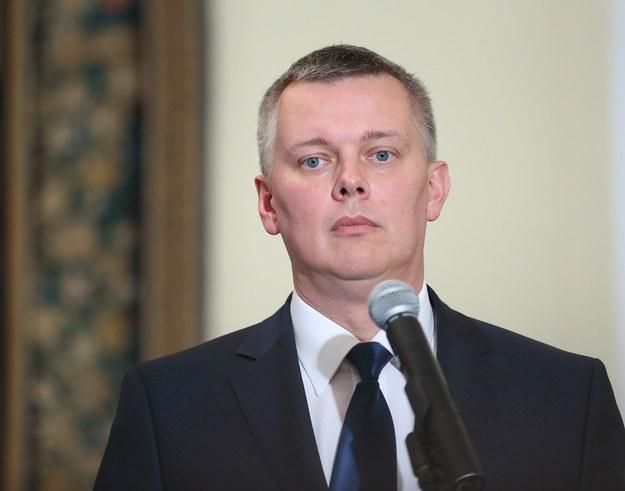 Szef MON Tomasz Siemoniak /KAROL SEREWIS /East News