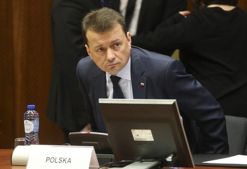 Szef MSWiA Mariusz Błaszczak /PAP/EPA