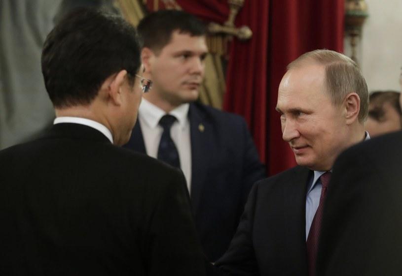 Szef MSZ Japonii spotkał się z Putinem /PAP/EPA