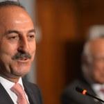 Szef MSZ Turcji: Do Włoch uciekło dwóch wojskowych attaches