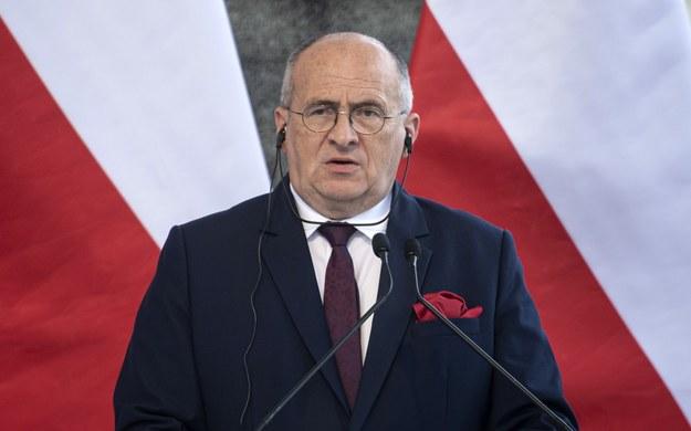 Szef MSZ Zbigniew Rau /ZSOLT SZIGETVARY    /PAP/EPA