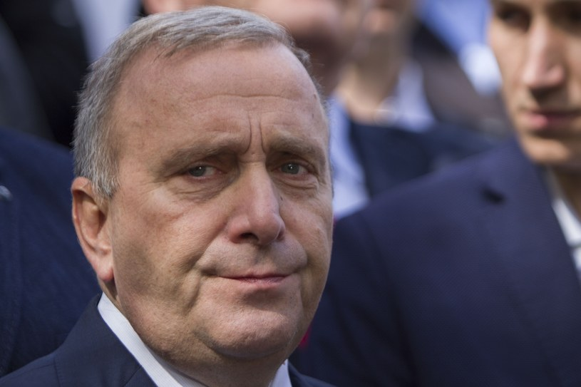 Szef PO Grzegorz Schetyna nie może być zadowolony z wyniku wyborów parlamentarnych /Adrian Ciężki /Reporter