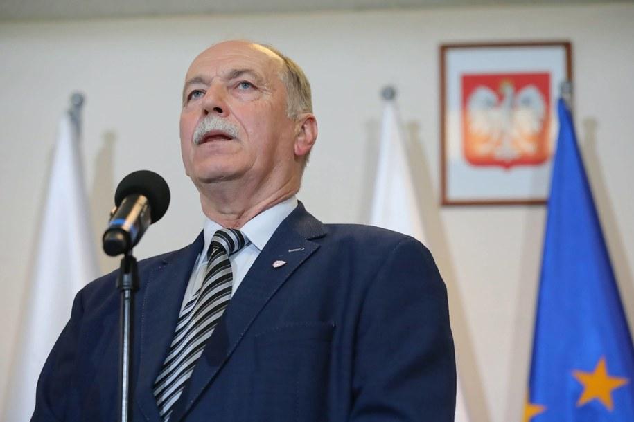 """Szef sekcji krajowej oświaty i wychowania NSZZ """"Solidarność"""" Ryszard Proksa / Tomasz Gzell    /PAP"""