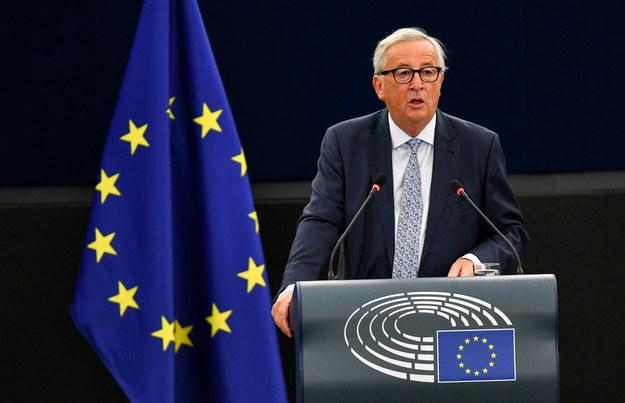 Szefem Komisji Europejskiej do której skierowano odpowiedź jest Jean Claude Juncker /Patrick Seeger  /PAP/EPA