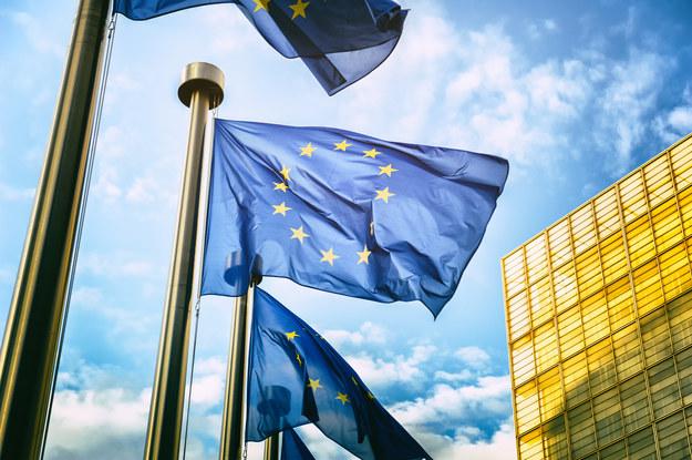 Szefowie MSZ Francji i Niemiec wydali oświadczenie w sprawie przestrzegania prawa UE /Shutterstock
