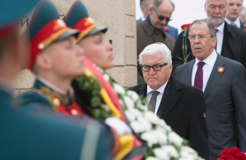 Szefowie MSZ Rosji i Niemiec oddali w Wołgogradzie hołd ofiarom wojny /PAP/EPA